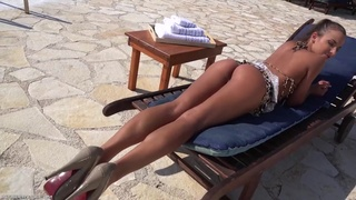 Gorgeous Amirah Adara masturbates her pussy by the pool