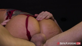 Posh MILF In Expensive Purple Lingerie Wishes Car Sex