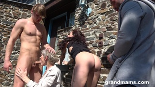 Energized matures share and swap partners in outdoor foursome