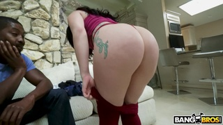 Restless anal makes curvy babe lose her mind