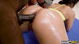 Muscular black man anal fucks hot wife in her house