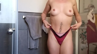 Hot hairdresser showing off her toying skills