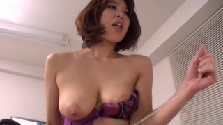 Trimmed pussy Asian chick Erika Nishino enjoys playing with a patient