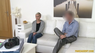 Short hair blonde Janie Sky drops her jeans to be fucked during casting