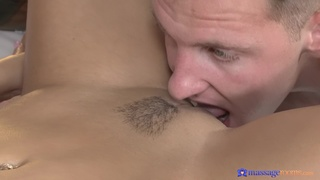Oiled hottie Anna Rose gives a nice blowjob and rides like a pro