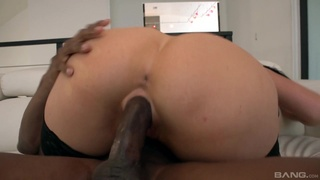 Busty brunette Jayden James drops her clothes to ride a BBC