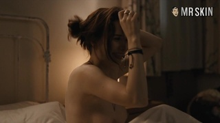 Bed scene with such a lovely looking Rachel Brosnahan will blow your mind