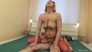 Young lad fucks his aunt and cums on her saggy tits