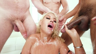 Cougar bitch takes the dicks in all possible modes