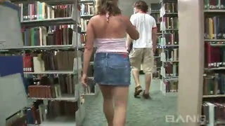 This coed likes to wear short denim shorts and her twat is always exposed