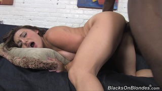 Cutie gets pounded by Captain Megadick