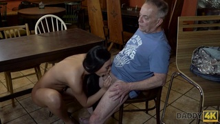 Slutty chick really wants to try hard cock of paramours stepdad