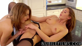 College Girls Love Eating Pussy