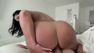 MILF sucks dick and rides cock for cash