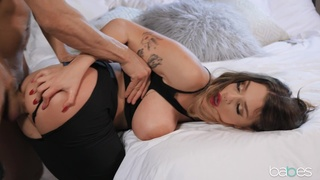 Scrumptious Gabbie Carter is a gal who always grabs life by the balls