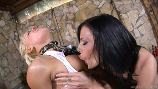 Lesbians provide extreme oral sex in naughty sex game