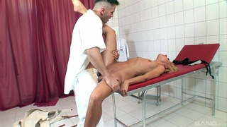 Aroused blonde gets fucked in both holes while stranded
