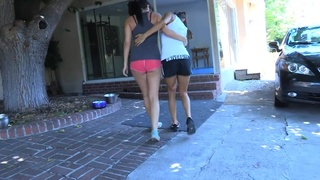 Young Lesbian Coquette Gets Heart-Stopping Cunilingus Orgasm