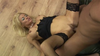 Half-naked Tia Layne serves a cock in twisted positions