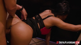 Enjoy A Hot Casual Sex Scene In The Night Club's Toilet