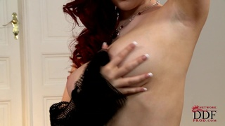 Jaye Rose This Newcomer Will Seduce You!