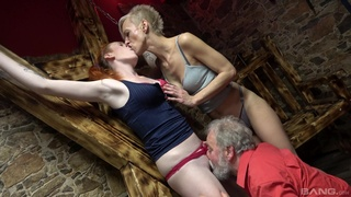 Matures get ass fucked by an old man in a crazy trio