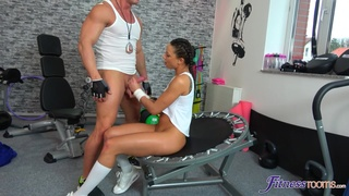 Workout turns naughty for this sporty chick thirsty for cock